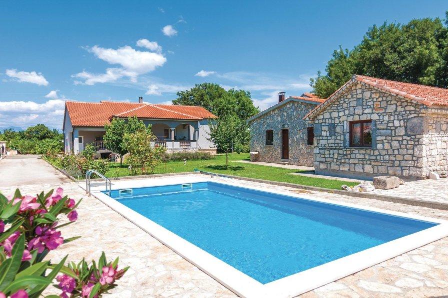 Villa in Croatia, Briševo