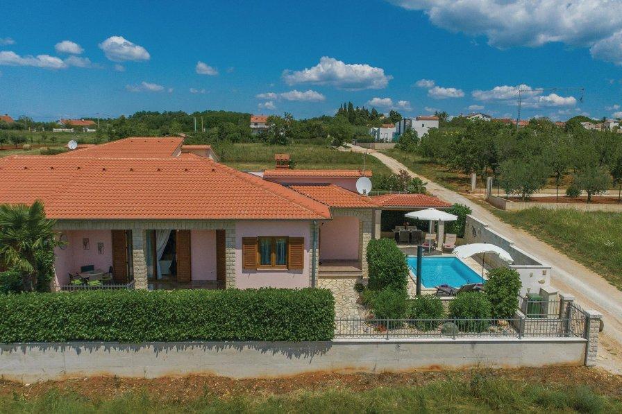 Villa in Croatia, Kaštelir
