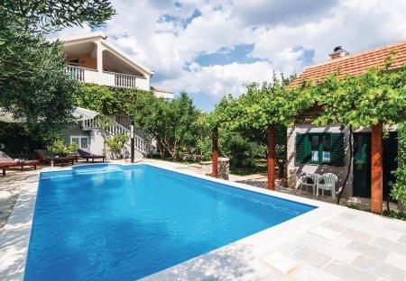 Villa in Lišane Ostrovičke, Croatia