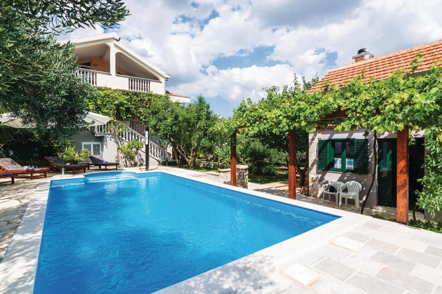 Villa in Croatia, Lišane Ostrovičke