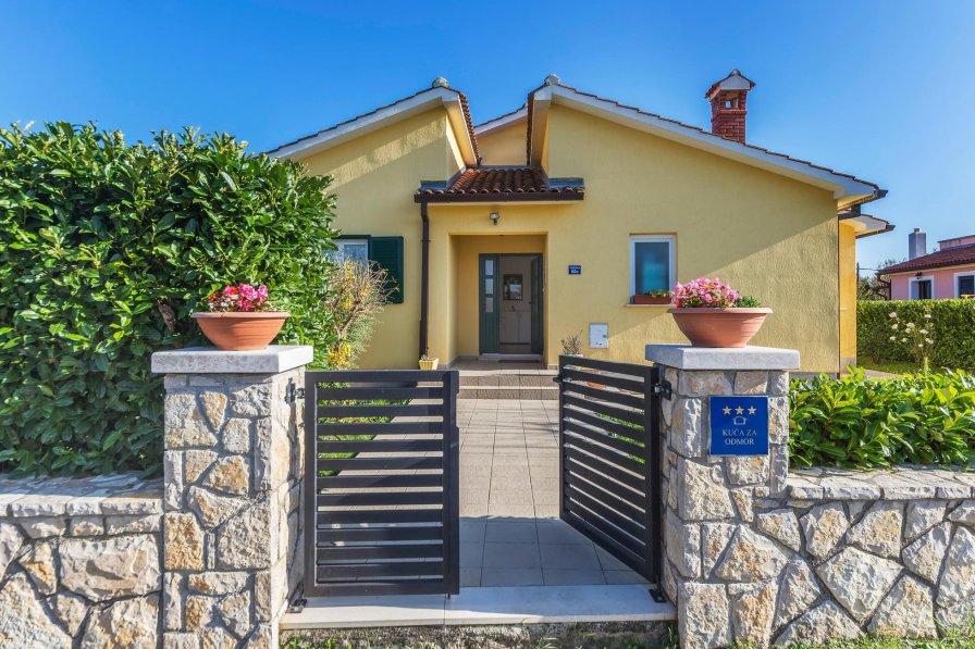 Villa in Croatia, Presika