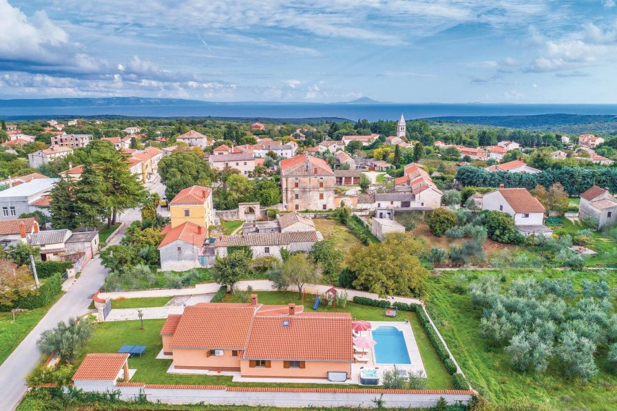 Villa in Croatia, Krnica