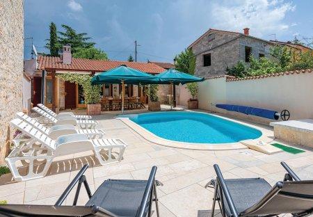 Villa in Burići, Croatia