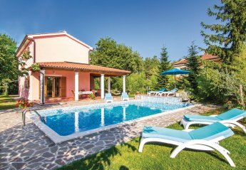 Villa in Croatia, Laginji