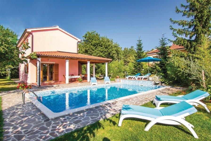 Villa in Croatia, Laginji