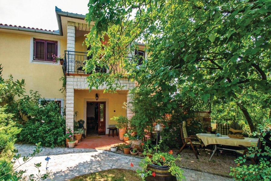 Villa in Croatia, Nedešćina