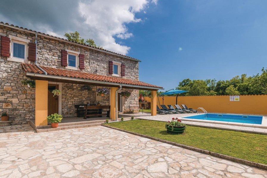 Villa in Croatia, Šajini