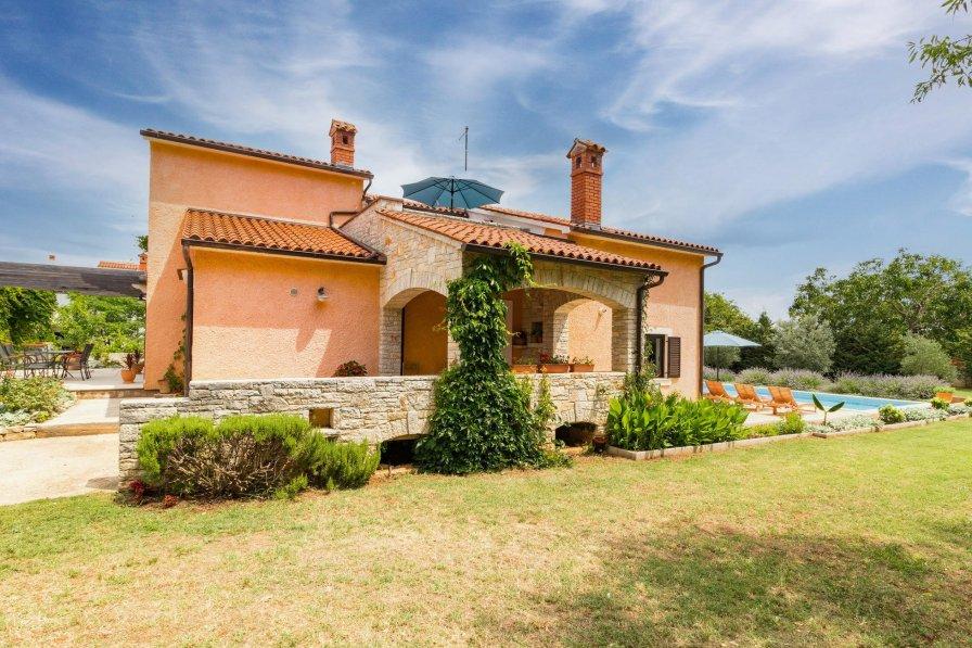 Villa in Croatia, Muntić