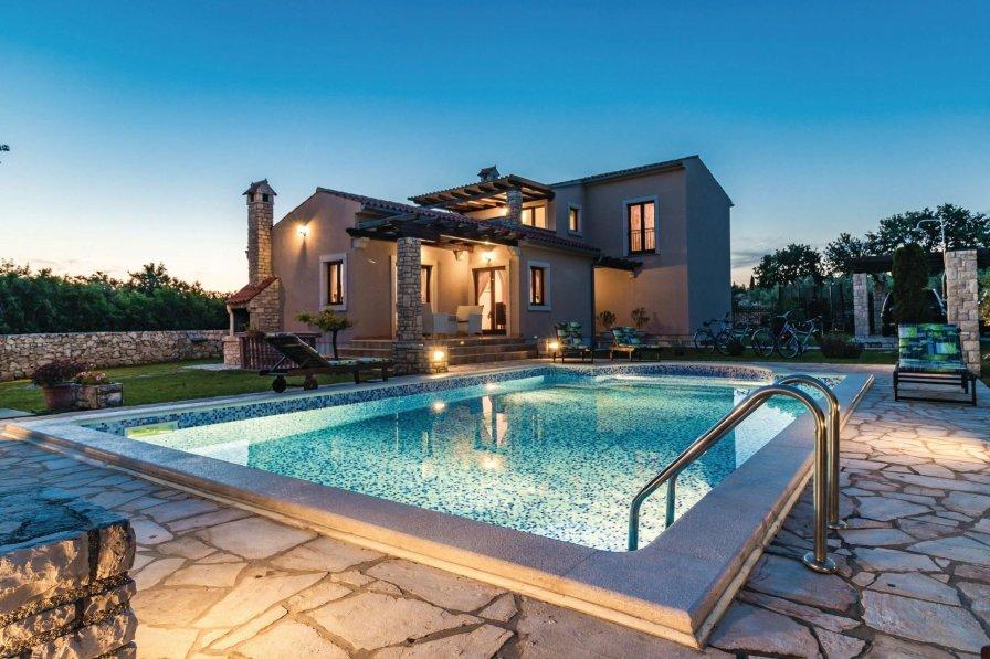 Villa in Croatia, Valtura