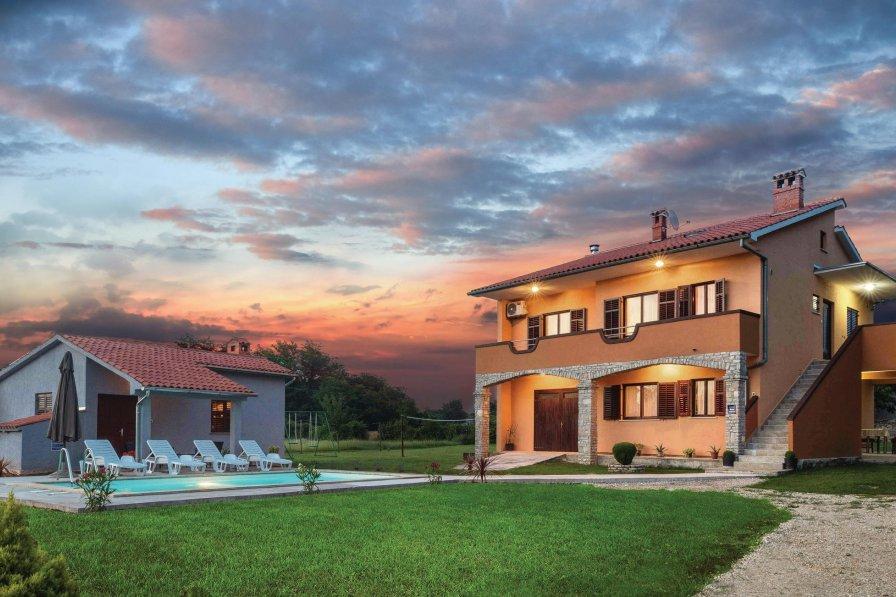 Villa in Croatia, Grandići