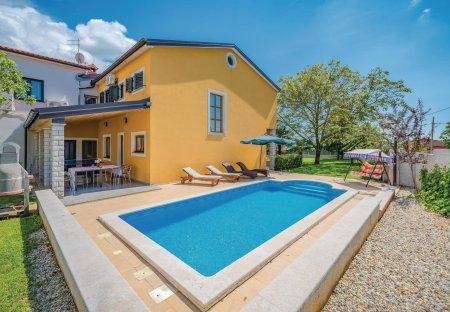 Villa in Žminj, Croatia