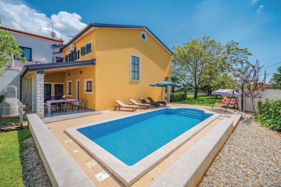 Villa in Croatia, Žminj