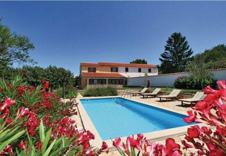 Villa in Sveta Marija na Krasu-dio, Croatia