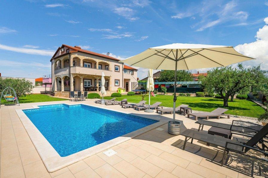 Villa in Croatia, Jadreški