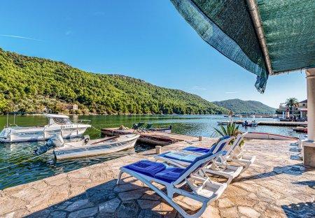 Apartment in Broce, Croatia