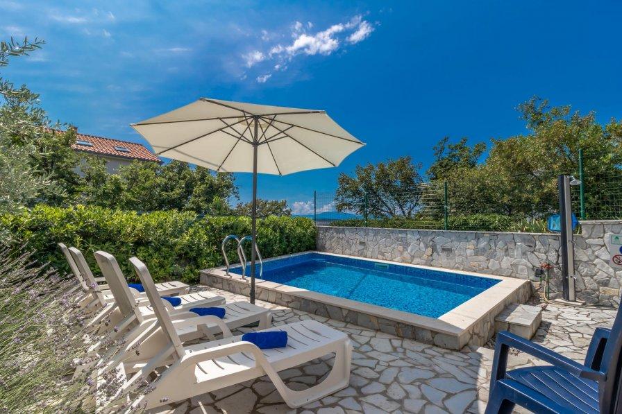 Villa in Croatia, Jadranovo