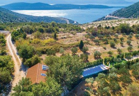Villa in Zavala, Croatia