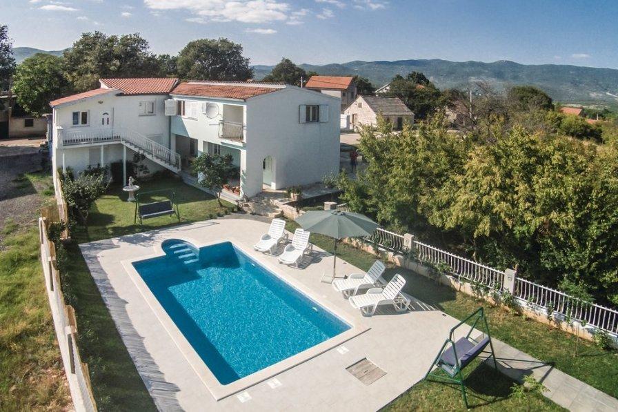 Villa in Croatia, Sušci