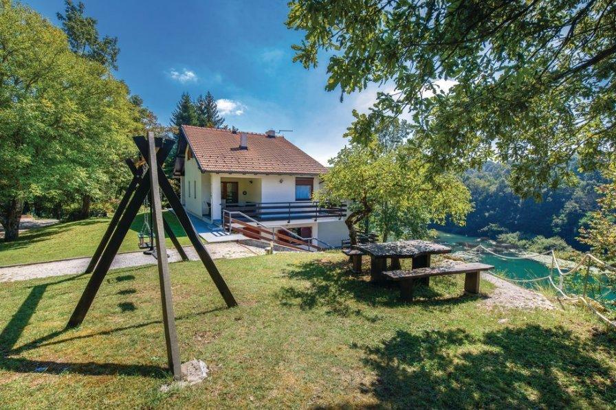 Villa in Croatia, Donji Zvečaj