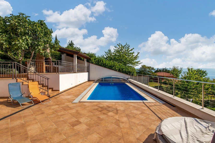 Villa To Rent In Veprinac Croatia With Swimming Pool 208700