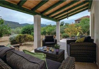 3 bedroom Villa for rent in Jelsa