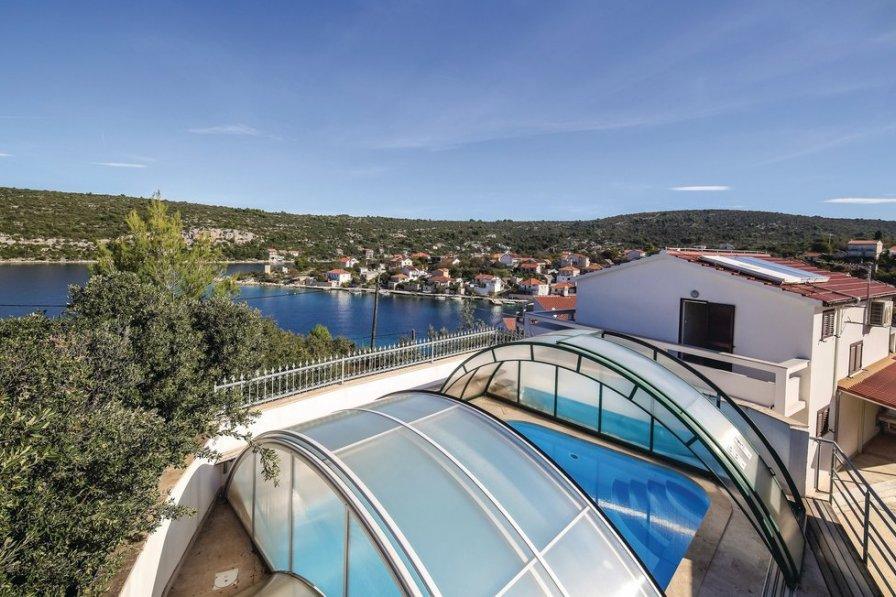 Villa in Croatia, Drvenik Veli