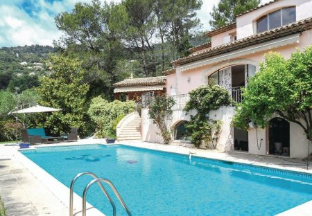 Villa in Le Tignet, the South of France