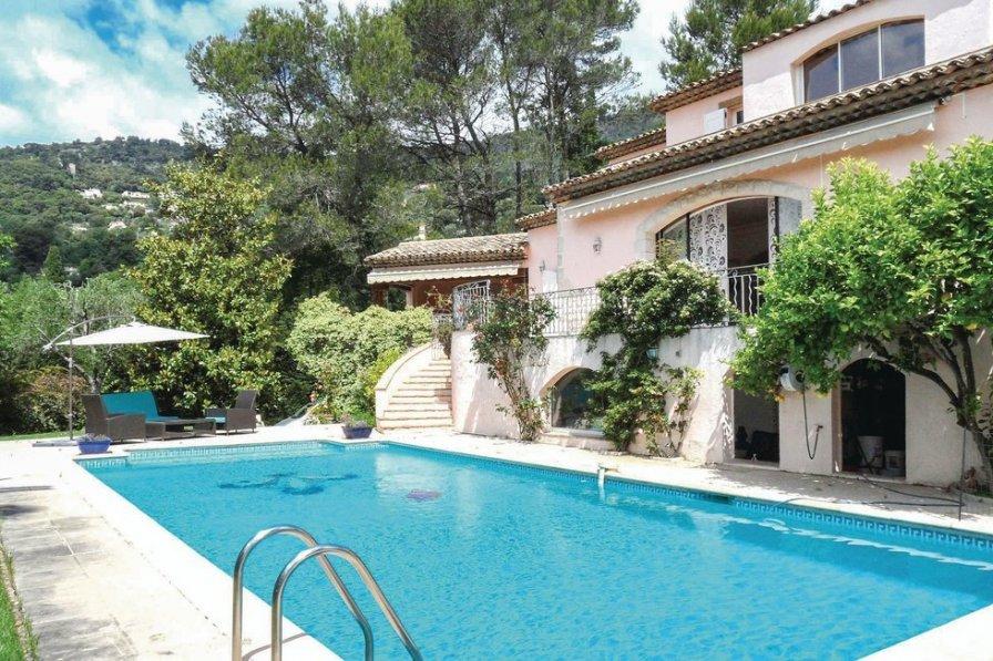 Alpes-Maritimes villa to rent