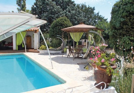 Villa in Carpentras, the South of France
