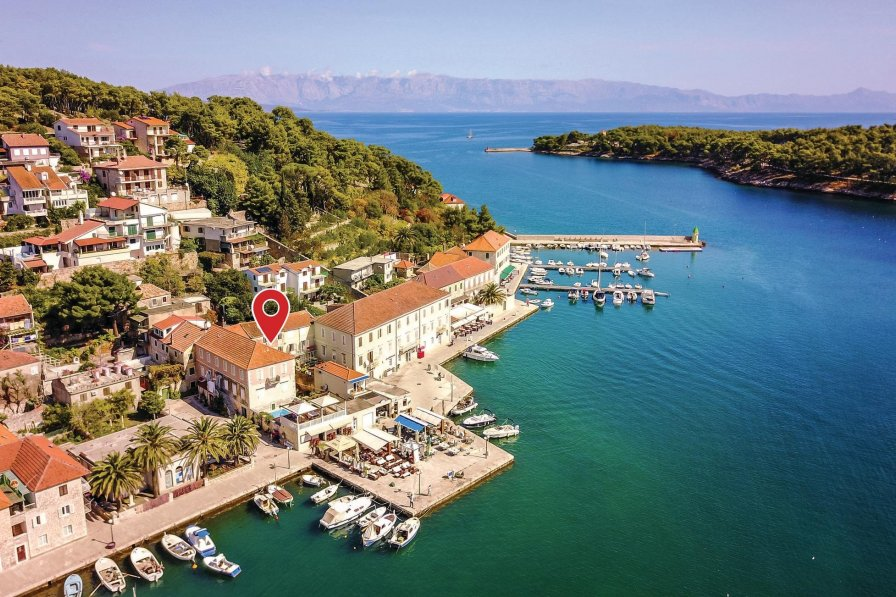 Villa in Croatia, Jelsa