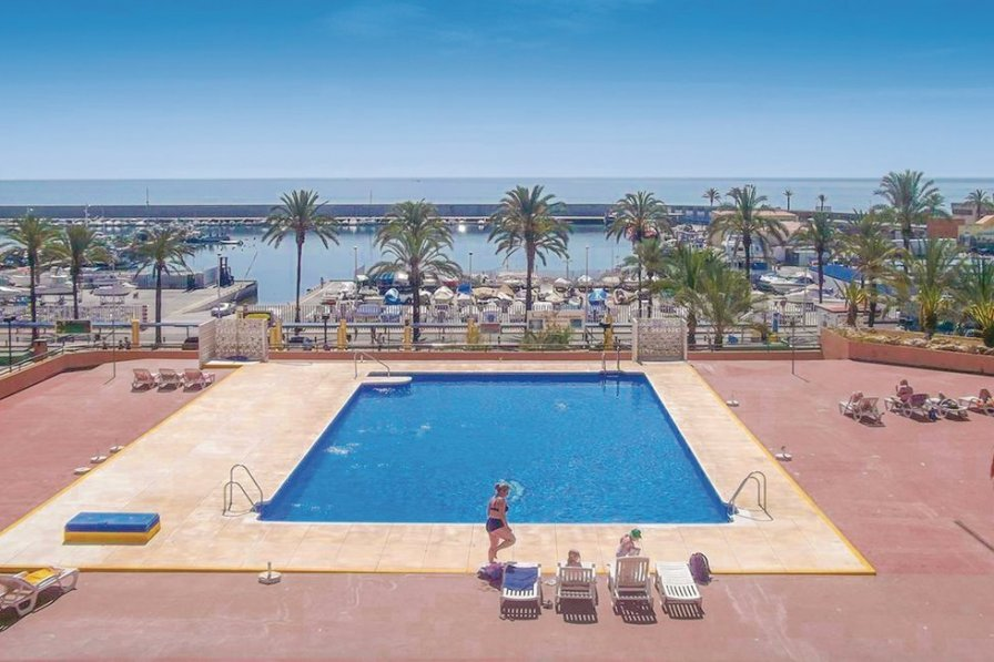 Studio Apartment To Rent In Fuengirola Spain With