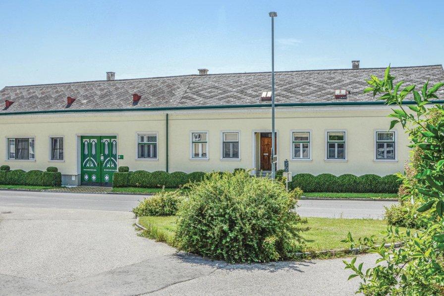Apartment in Austria, Untermallebarn