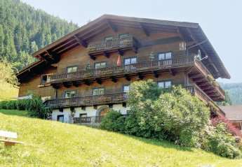 8 bedroom Chalet for rent in Zell Am See