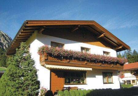 Apartment in Gschnitz, Austria