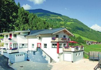 4 bedroom Apartment for rent in Zell Am See