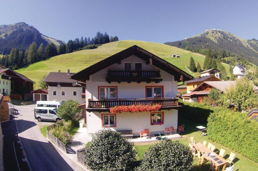 Holzgau holiday chalet rental