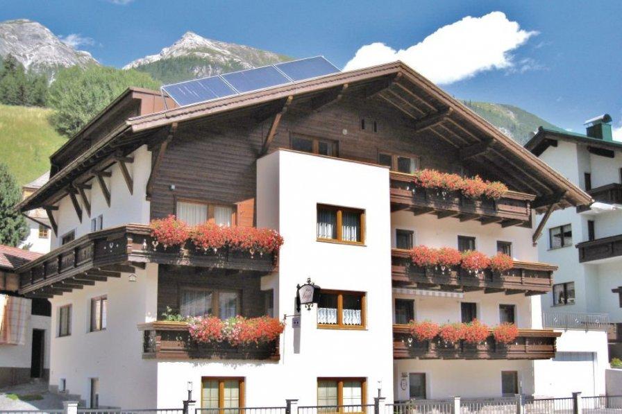 Pettneu am Arlberg holiday apartment rental