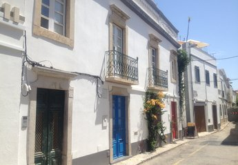 2 bedroom Apartment for rent in Tavira