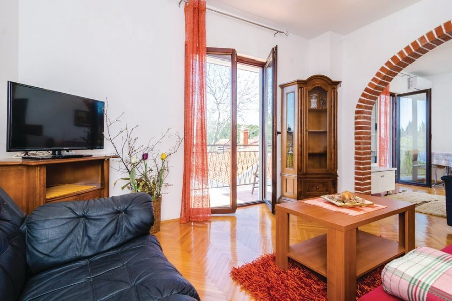 Apartment in Croatia, Kremena