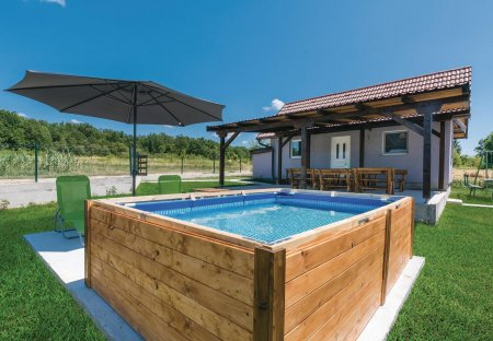 Villa in Bratina, Croatia