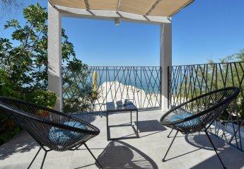 5 bedroom Villa for rent in Podstrana