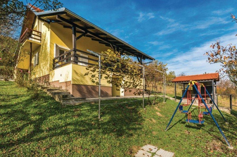 Villa in Croatia, Pustodol Začretski
