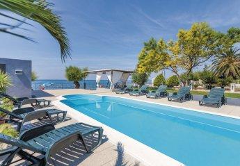8 bedroom Villa for rent in Podstrana