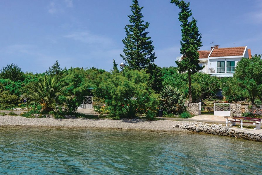 Villa in Croatia, Lovište