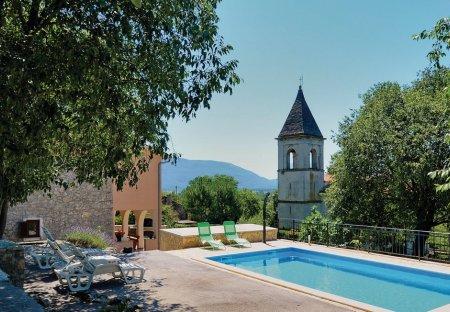 Villa in Šušnjevica, Croatia