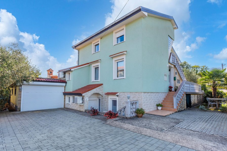 Apartment in Croatia, Polje