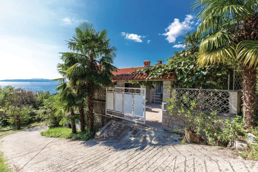 Apartment in Croatia, Ičići
