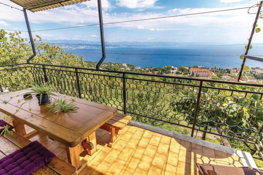 Apartment in Croatia, Lovran