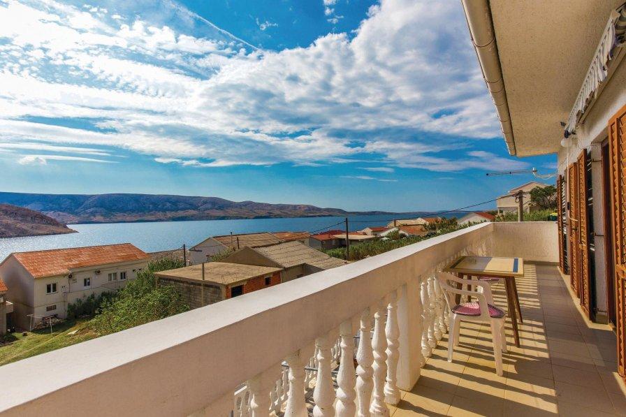 Apartment in Croatia, Metajna