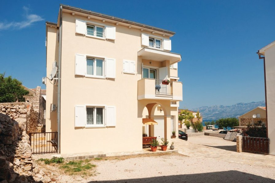 Apartment in Croatia, Ražanac